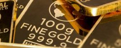 Zlatý kov je jednou z nejoblíbenějších investicí. Vyplatí se i vám?
