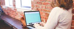 Striktní pracovní doba je minulostí. Flexibilita má ale i své stinné stránky