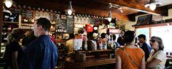 Gastro mezi lockdowny: Restaurace jakž takž zvládají, bary a hospody jsou na tom podstatně hůř